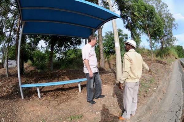 Marcos Abdala acolhe demandas de moradores da comunidade Pau D´Alhinho (SP)