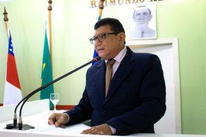 Marcos da Luz comemora entrega do entreposto pesqueiro ao município de Parintins (AM)