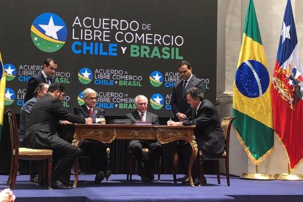 Brasil e Chile assinam acordo de livre comércio