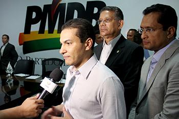 Pereira fala à imprensa sobre a aliança