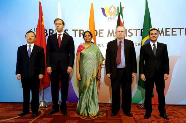 Marcos Pereira endossa na Índia documentos para integração comercial entre os Brics