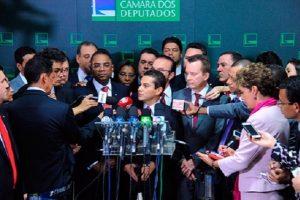 NOTA OFICIAL: PRB decide sair da base de apoio do governo Dilma