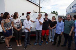 Marcos Pereira entrega ambulância a distrito de Schmitt, em Rio Preto