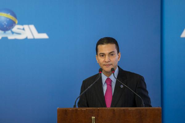 Ministro Marcos Pereira participa de conferência na China