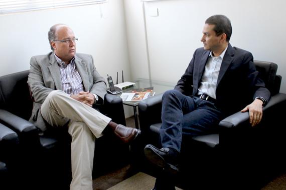 Marcos Pereira recebe líderes do PRP e PHS em São Paulo