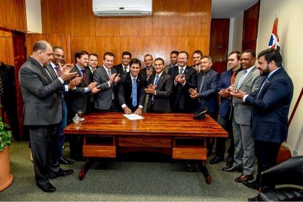 Marcos Pereira abona filiação do deputado estadual Duarte Júnior