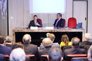 Marcos Pereira lidera movimento que cobra diálogo para abertura comercial