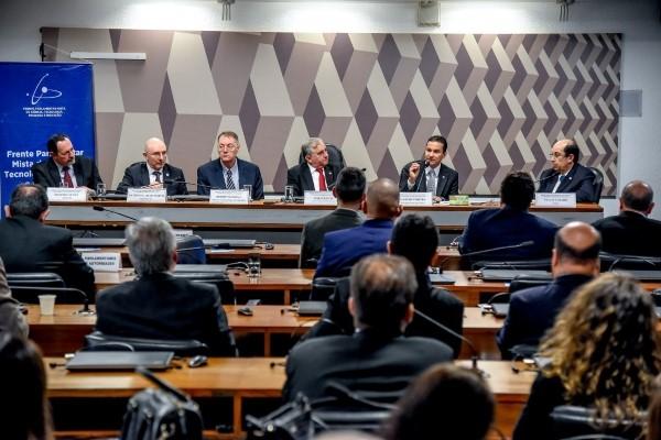 Lei de Informática: Marcos Pereira contribui com debate no Senado Federal