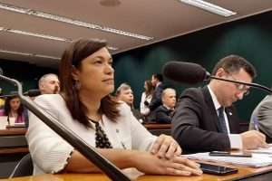 Maria Rosas comemora vitória para o autismo