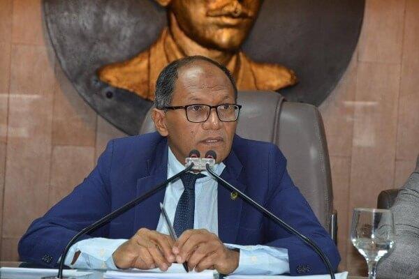 Marinaldo quer participação popular no orçamento de Campina Grande