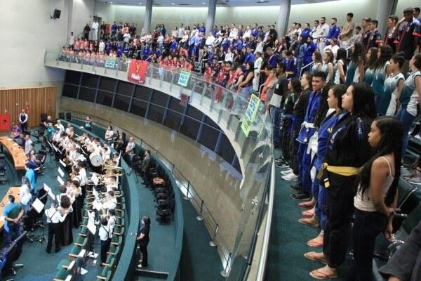 Frente Parlamentar do Esporte é lançada na CLDF