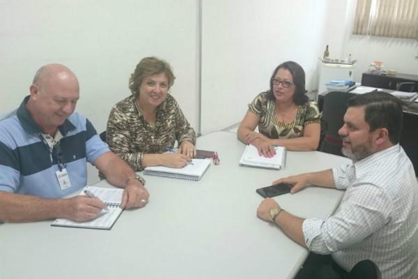 Nilton Santos se reúne com secretários de Limeira (SP)