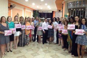 Nilton Santos participa de homenagem às mulheres em Limeira