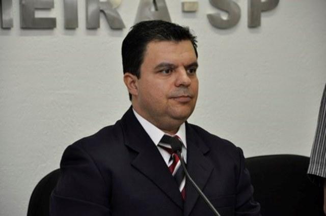 Nilton Santos defende campanhas de prevenção de doenças em Limeira