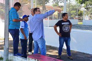 Nunes Coelho garante reforma de quadras esportivas em Taubaté