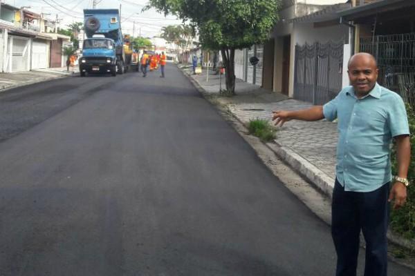 Atuação de Nunes Coelho garante obras de pavimentação em Taubaté