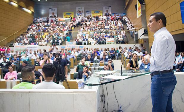"""""""O debate de ideias no Brasil envelheceu"""", diz Pereira ao abrir Congresso da Juventude do PRB em SP"""