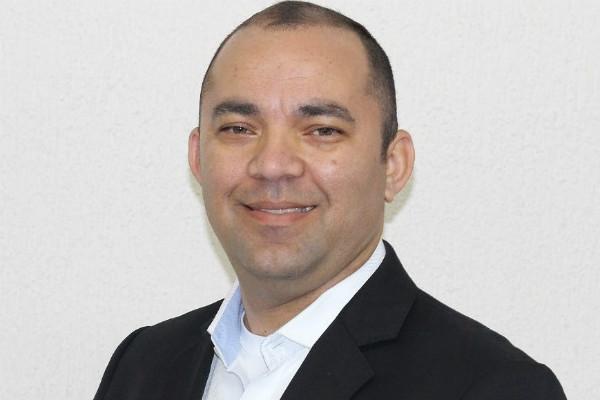"""""""Nosso trabalho será cuidar das pessoas"""", diz vereador Osias Moraes de Curitiba (PR)"""