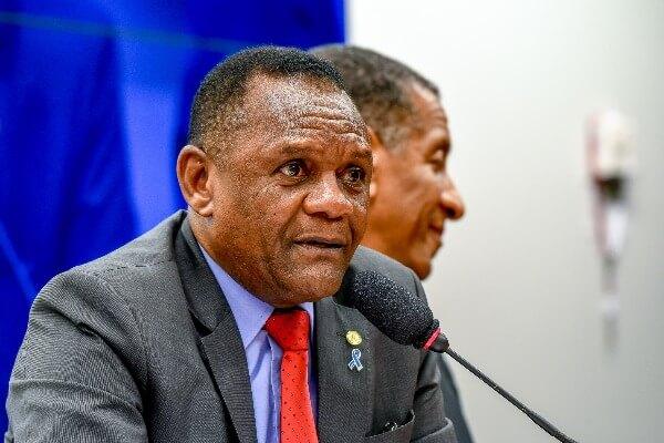 Ossesio Silva propõe redução do preço do gás de cozinha durante pandemia