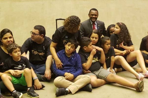 Ossesio Silva participa de sessão solene sobre o autismo na Câmara dos Deputados