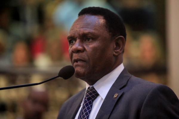 Ossesio Silva defende criação de Disque Racismo em Pernambuco