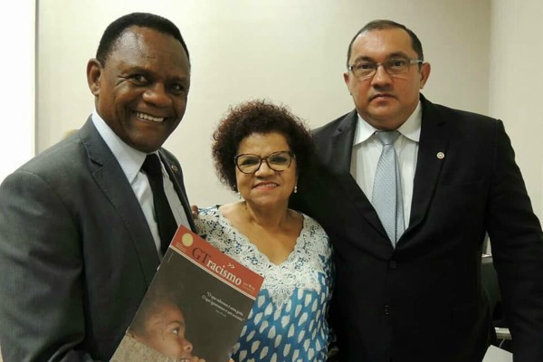 Ossesio Silva participa de homenagem aos 15 anos do GT Racismo do MP
