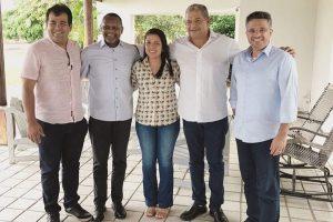 Ossesio Silva e William Brigido se reúnem com lideranças de Timbaúba