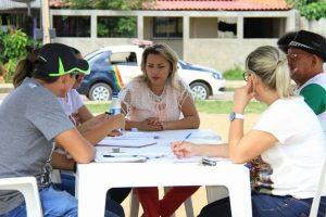 Patriciana Guimarães leva Gabinete Móvel Popular para Buritizal