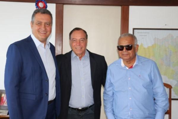 Paulo Falcão busca apoio para obras de infraestrutura em Amélia Rodrigues