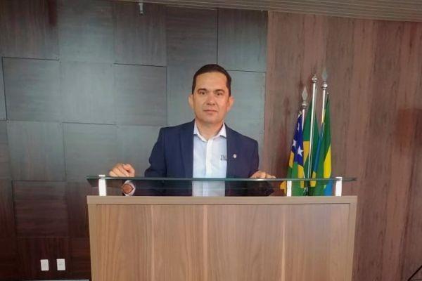 Paulo Muniz garante recursos para a saúde de Santo Antônio do Descoberto