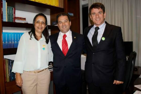 Senador Eduardo Lopes se reúne com prefeitos