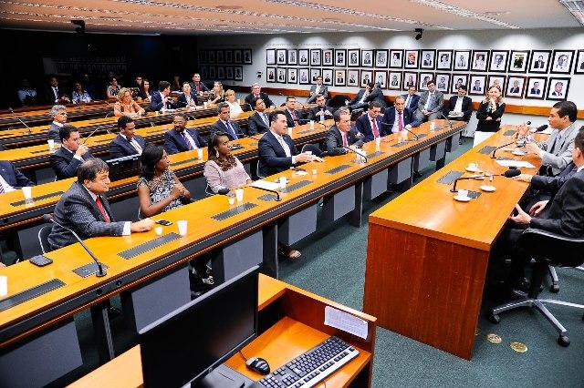 prb-amplia-bancada-e-ganha-representantes-em-cinco-novos-estados-foto-douglas-02-02-15-06