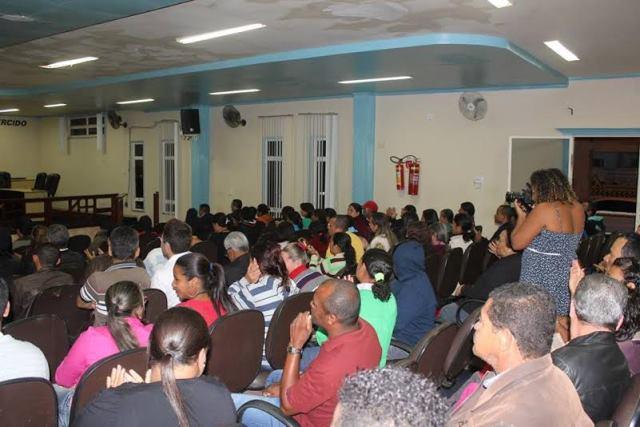 Os participantes debateram o fortalecimento do PRB em Poções para as próximas eleições.