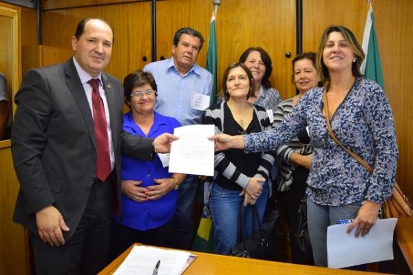 Sergio Peres recebe reivindicação de moradores de Caraá e Santo Antônio da Patrulha