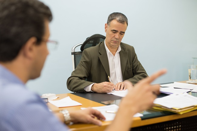 Prefeito Jorge Costa anuncia encerramento da dívida da ETA Nova