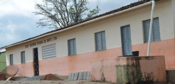 Prefeitura de Areia adere ao programa 'Cisternas nas Escolas'