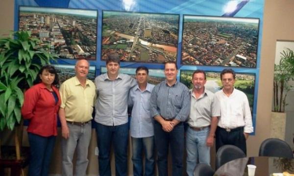 presidente-prb-sp-vinicius-carvalho-visita-cidades-do-noroeste-paulista-02-05-2012