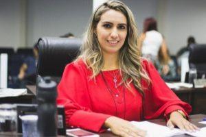 Projeto de Priscila Sampaio prepara adolescentes no enfretamento à violência