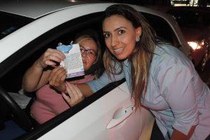 Priscila Sampaio promove pedágio contra o jogo Baleia Azul em Taboão da Serra (SP)