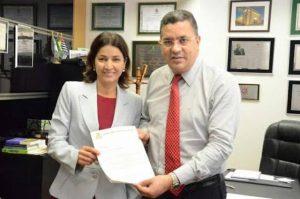 Professora Sônia busca recursos para a saúde de Carapicuíba