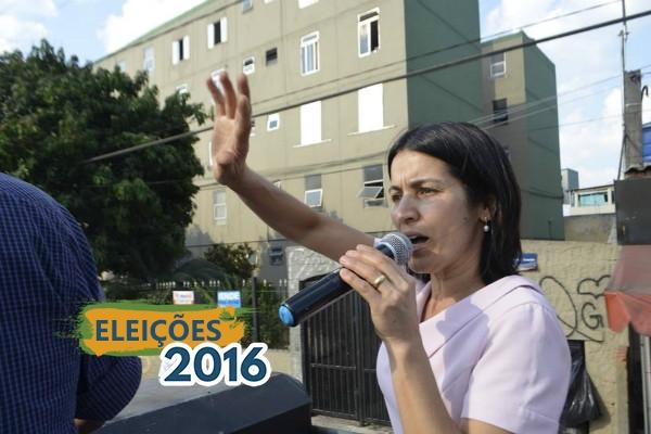 Professora Sônia realiza a maior carreata da história de Carapicuíba (SP)