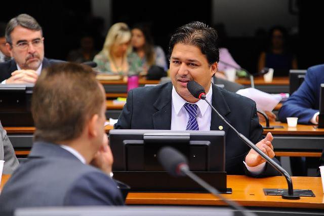 Proposta de Roberto Sales que estimula a atividade de dessalinização avança na Câmara