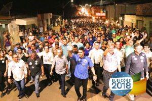 Em Alagoas, Randerson Pessoa arrasta multidão durante caminhada em Lagoa da Canoa