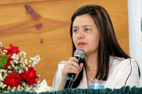 Renata Sene debate regularização fundiária em Francisco Morato (SP)
