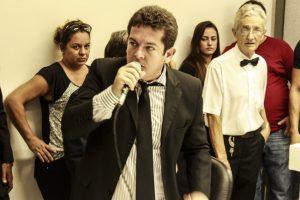 Renatinho Vianna cobra prestação de contas de royalties arrecadados em Arraial do Cabo