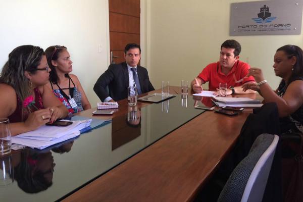 Renatinho Vianna recebe comissão de professores cabistas e representantes de sindicato