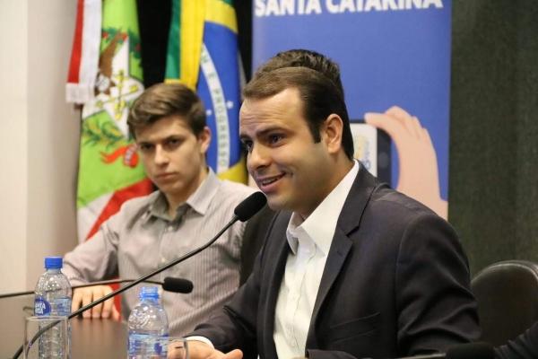 Jovens Republicanos empossa novo secretário em SC