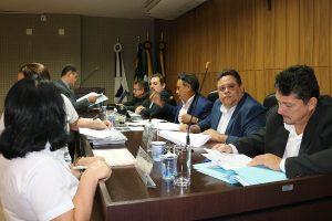 Republicanos de Barra do Garças aprovam cessão de ônibus a município de Aragarças