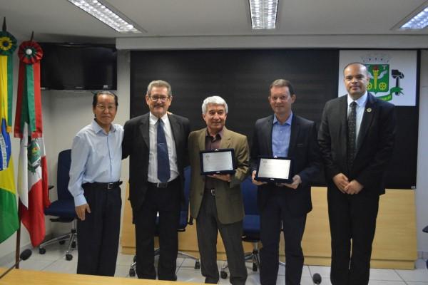Ricardo Silva homenageia trabalhadores em Osasco