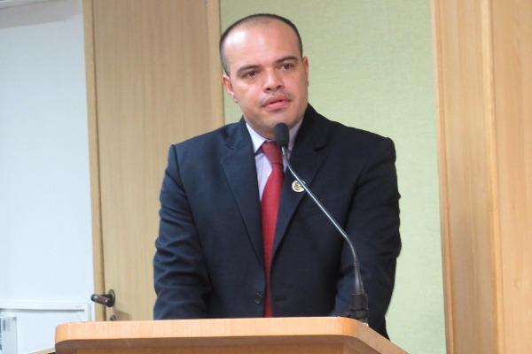 Vereador Ricardo Silva pede rede de esgoto para o Novo Osasco